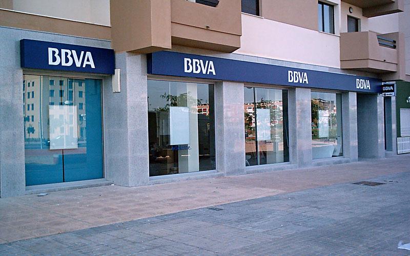 T cnicas e imagen corporativa s l clientes bbva for Oficinas bbva vigo